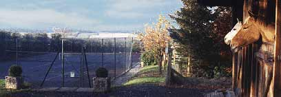 Tennis court, horse stabling and childrens plat area available
